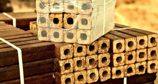 топливные брикеты из опилок в минске