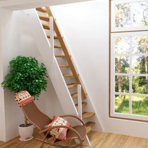 №3 Прямая лестница с простым ограждением