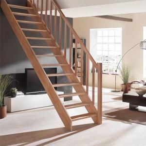 №7 Прямая классическая лестница с ограждением