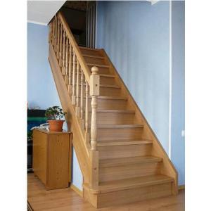 №10 Прямая лестница с классическим ограждением