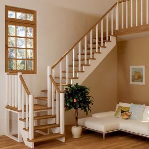 №22 Лестница с поворотом на 90 ° с классическим ограждением
